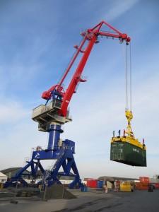 Cẩu cảng 50 tấn